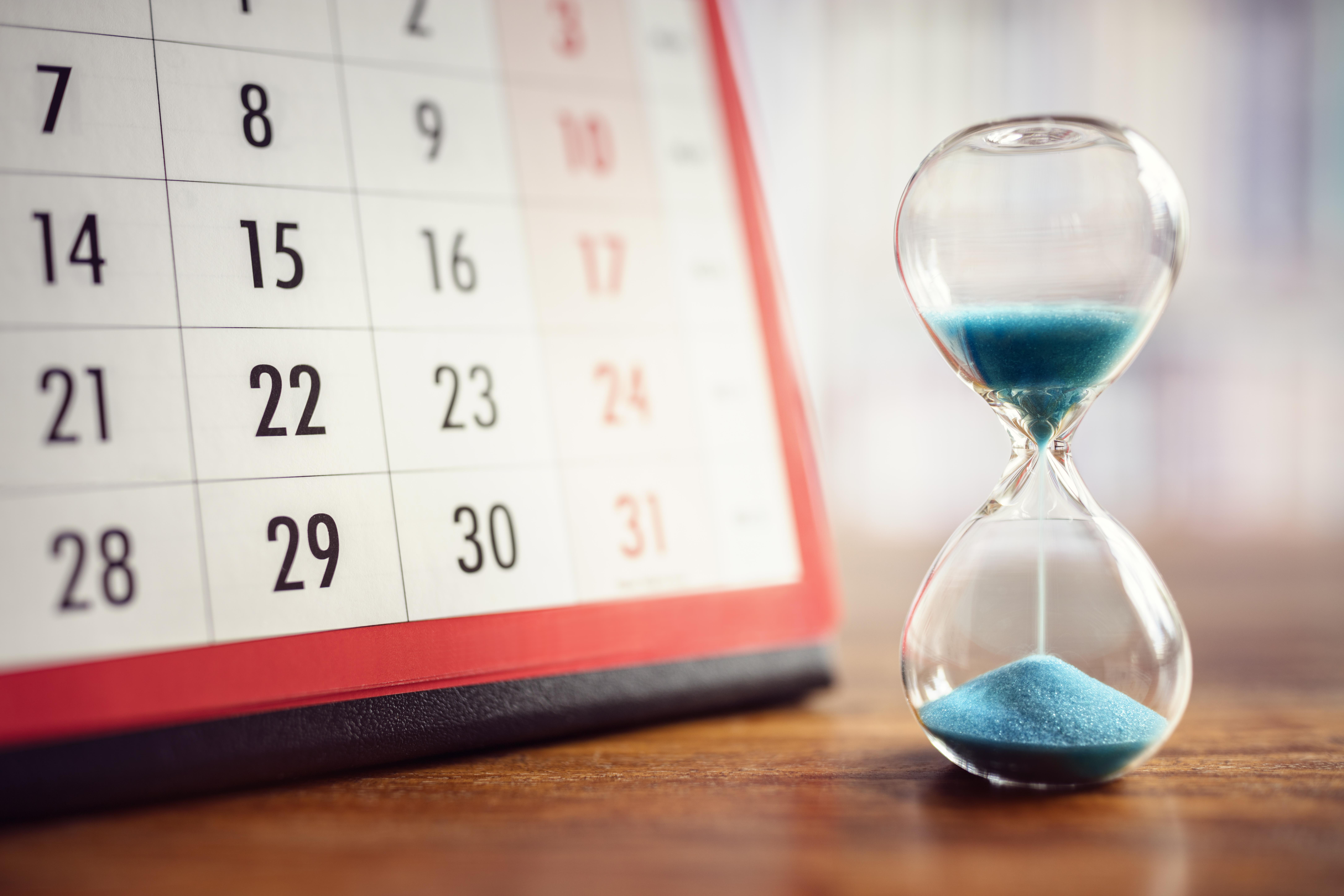 Hourglass_Calendar