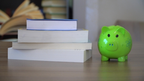 Financial Literacy Part 1: College Students
