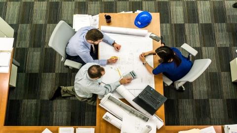 Etiquette: Introductions & Meetings